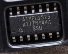 ATMEL ATTINY44A-SSU 8 Bit AVR micocontroller 4KB F