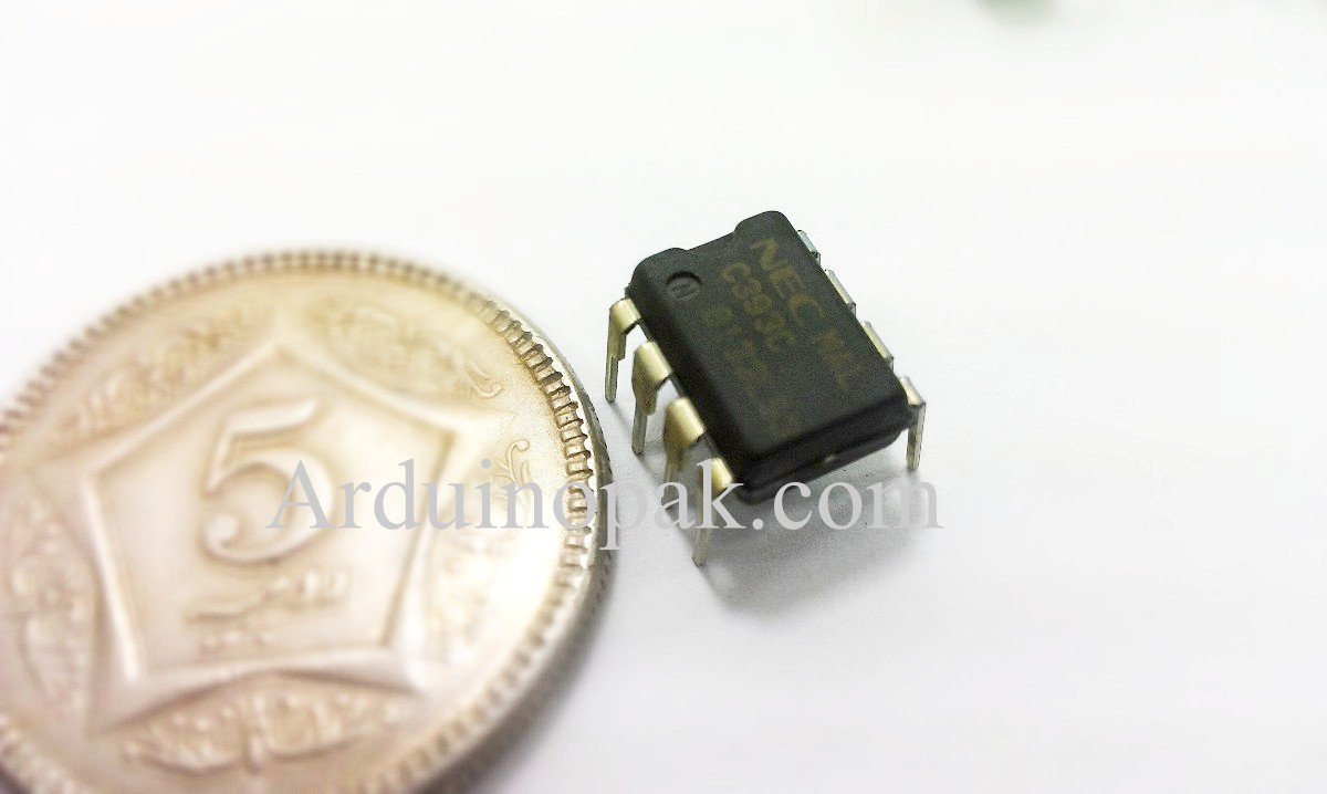 C393C Low Power Dual Voltage Comparators IC DIP-8
