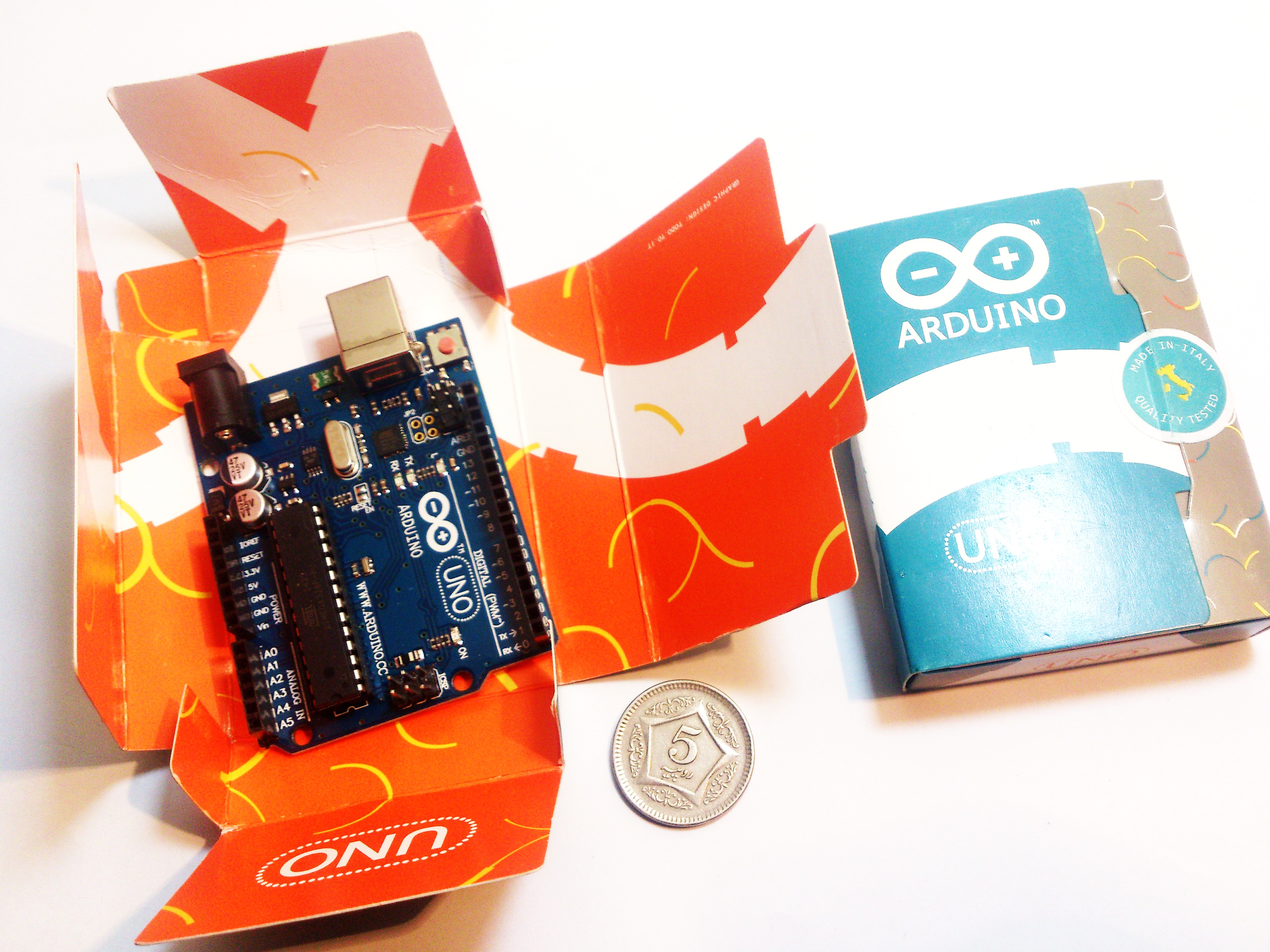 Arduino UNO R3 ATmega328P + USB cable
