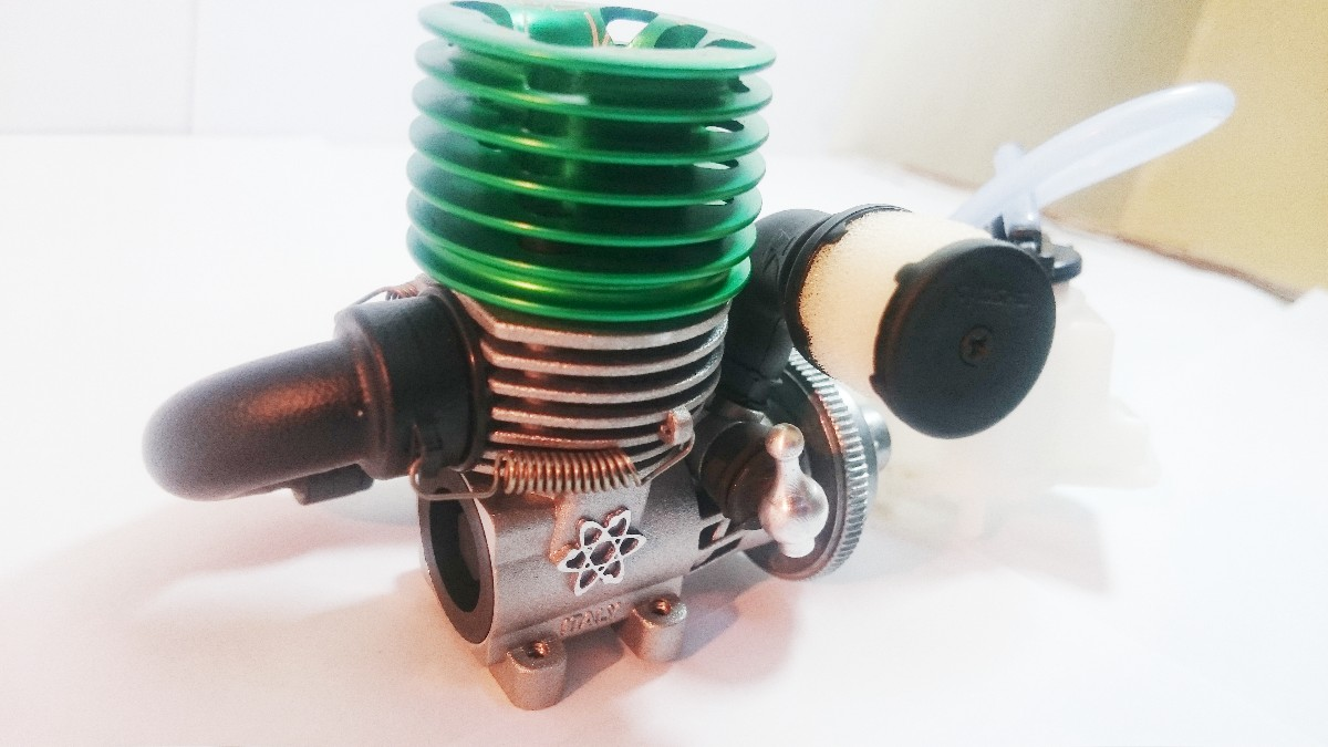 SIRIO Italy 1.5 CC Nitro Fuel Engine with Fuel Tan
